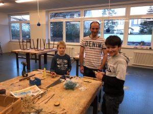 Nachmittagsaktion Kreativwerkstatt Bild 5 Holzarbeiten